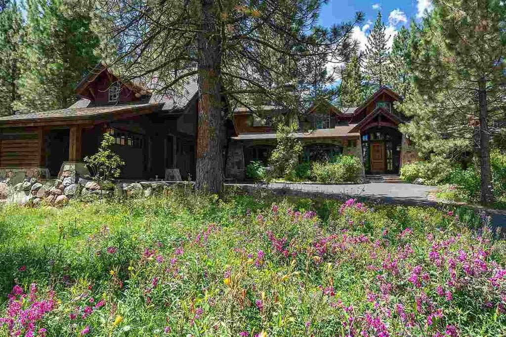 Lahontan Home Truckee CA