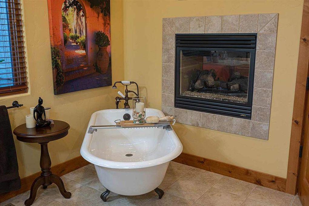 St James Village Luxury Bathroom